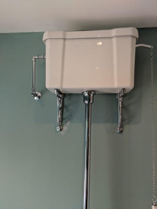 High Level Traditional WC Ceramic Cistern & Flush