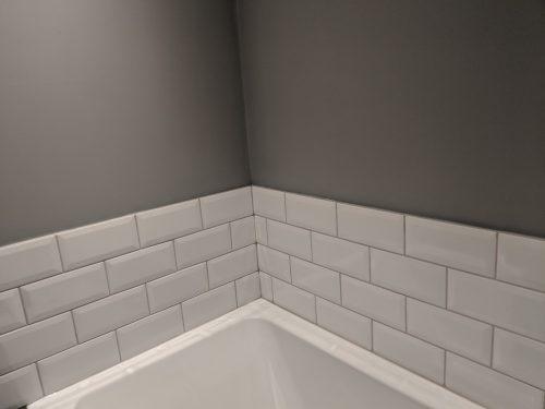 White Metro tiling