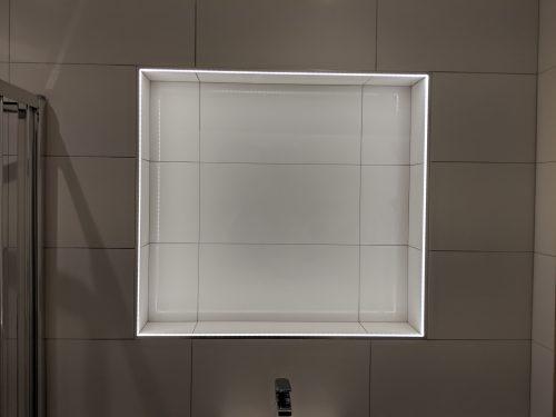 Alcove tiling and illumination